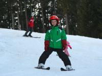 Kinder beim Schifahren